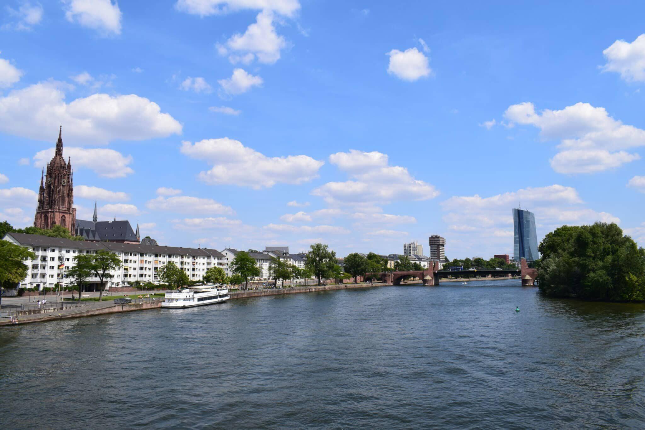 "Citytrip Frankfurt – the German ""Mainhattan"""