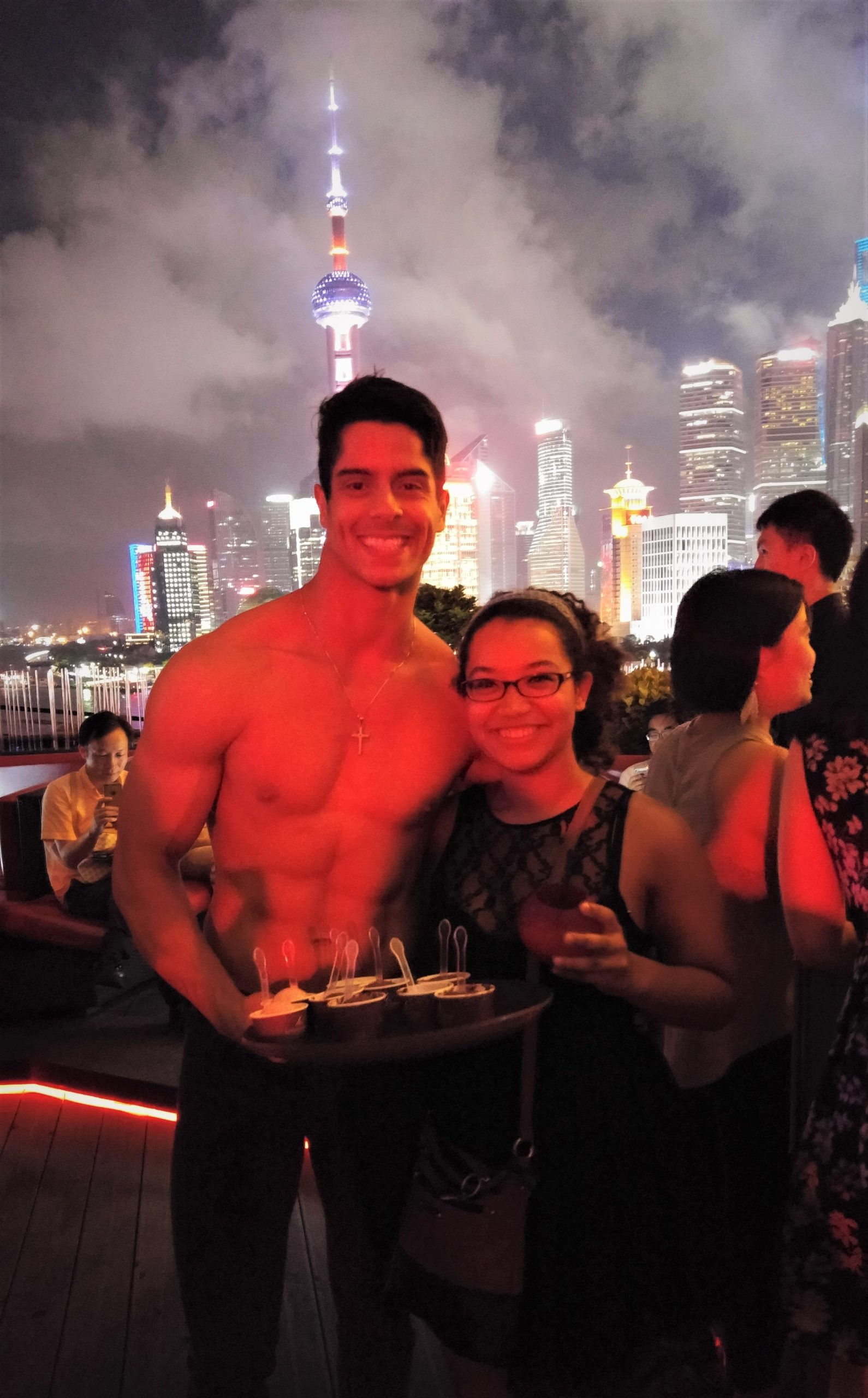 FREE COCKTAILS AND ICE CREAM IN CHINA?? YES PLEASE!
