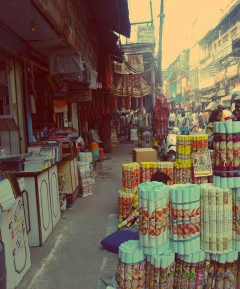 Nai sarak market