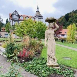 Bad Herrenalb eingebettet in unberührte Natur-thumbnail