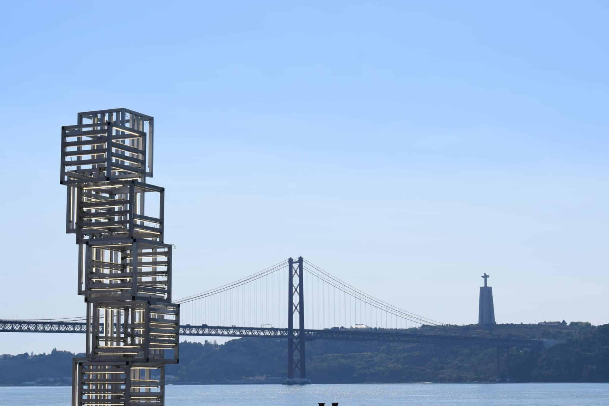 Ponte 25 de Abril 1