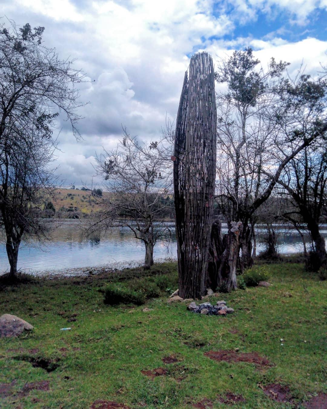 "Umécuaro Dam and ""Place of Snakes"""