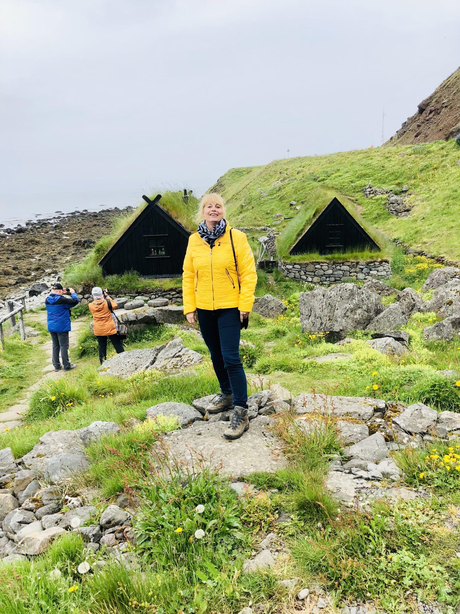 Isafjördur Eisfjord, Stockfischprobe und Fischerhütten