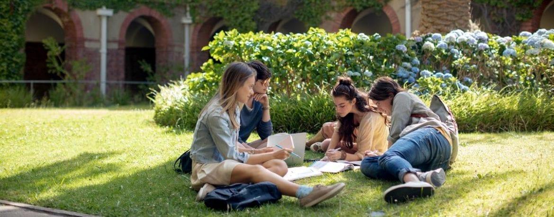 10 Gründe, warum es sinnvoll ist, Sprachen im Ausland zu lernen