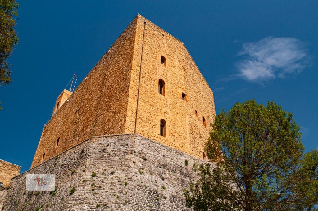 Montefiore Conca, the castle